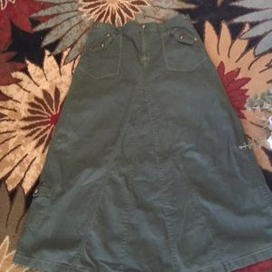 Cute khaki maxi skirt flared at the bottom! Size10